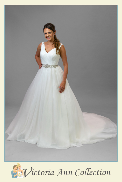 WD090-FL - A stunning collection of wedding dresses, bridal gowns, prom dresses, mothers outfits and bridesmaids, Victoria Ann Bridal